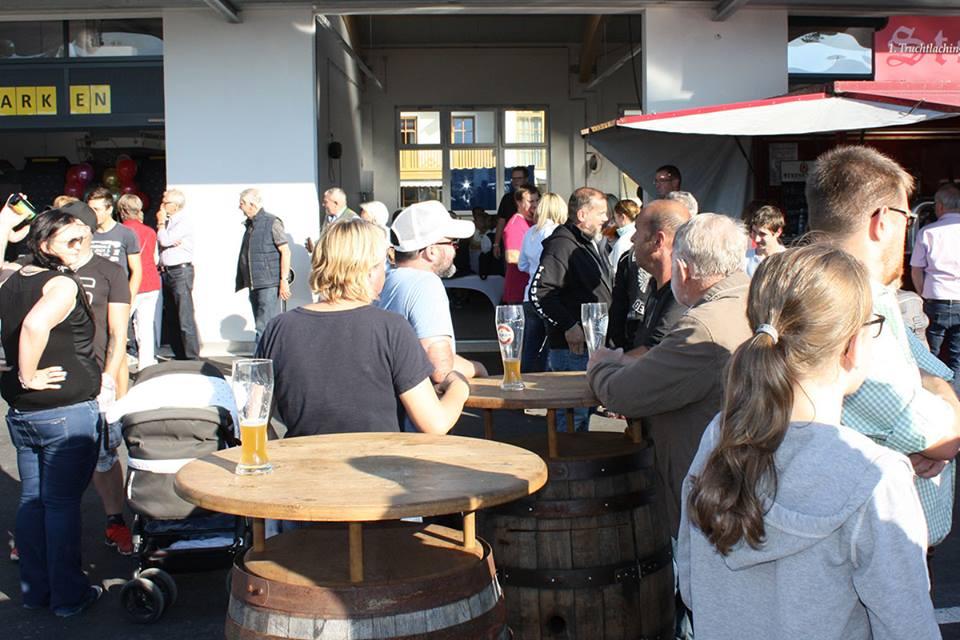 Eröffnung Freilinger Besucher